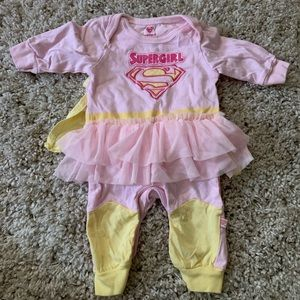 Other - Baby girl supergirl outfit with cape
